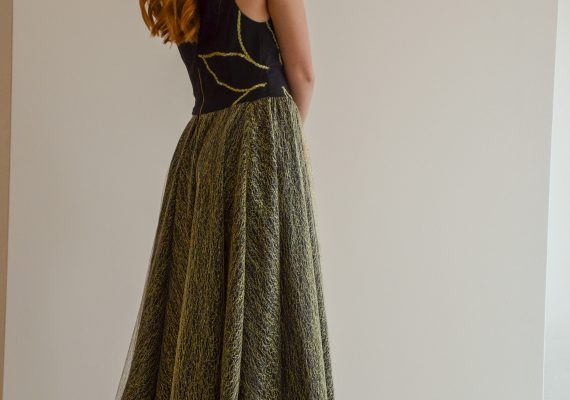 Golden dress with embroidery flower II.